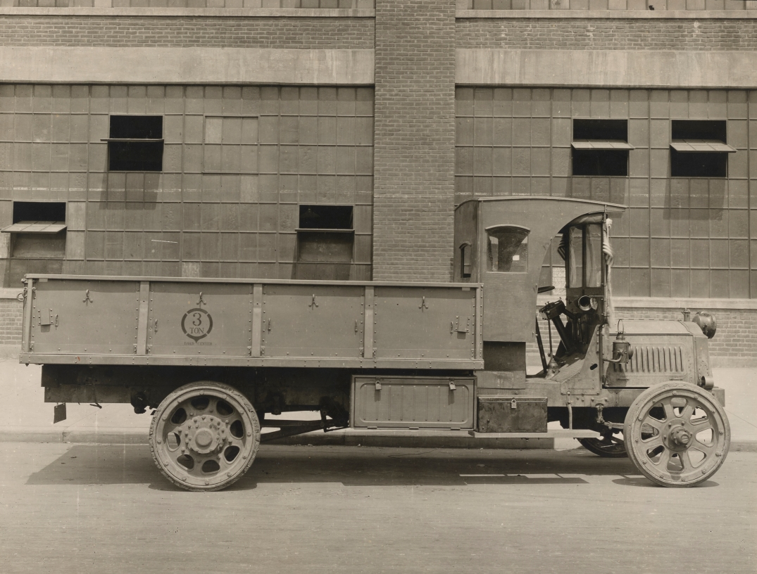 Cargo bed all steel collapsing model completed on non-military truck, E.G. Budd Mfg. Co., Philadelphia, PA. May 29, 1918- CROPPED